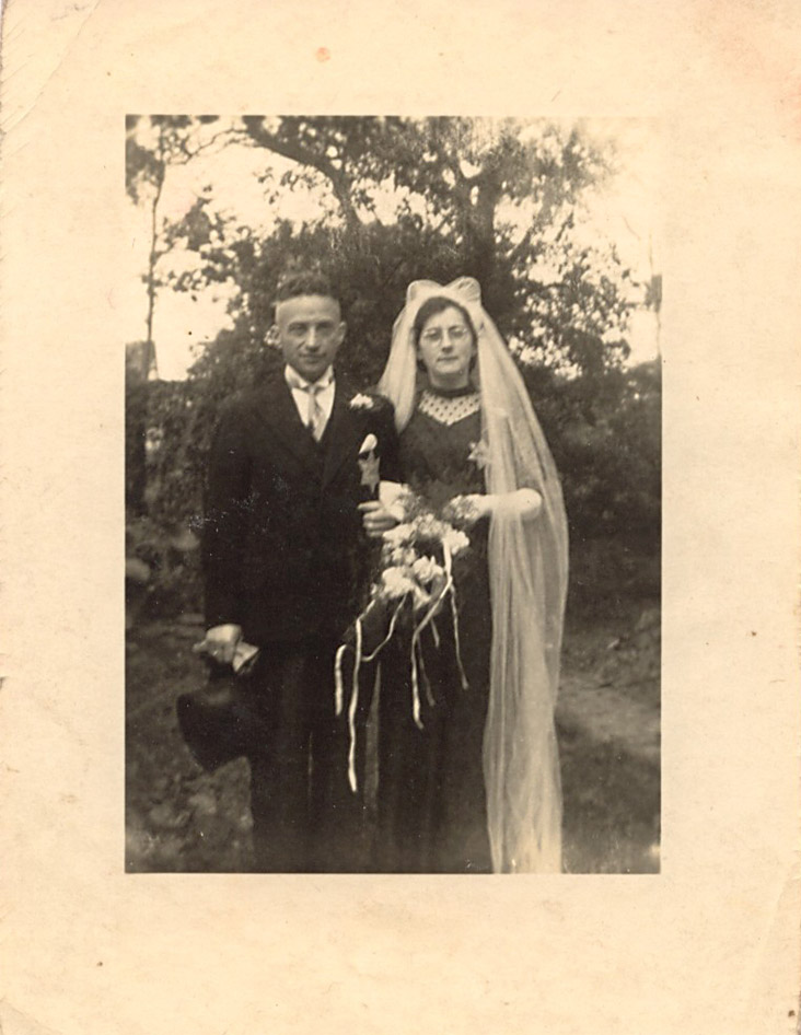 Trouwfoto Lowie Cohen en Mietje Nieweg (archief herinneringscentrum Westerbork)